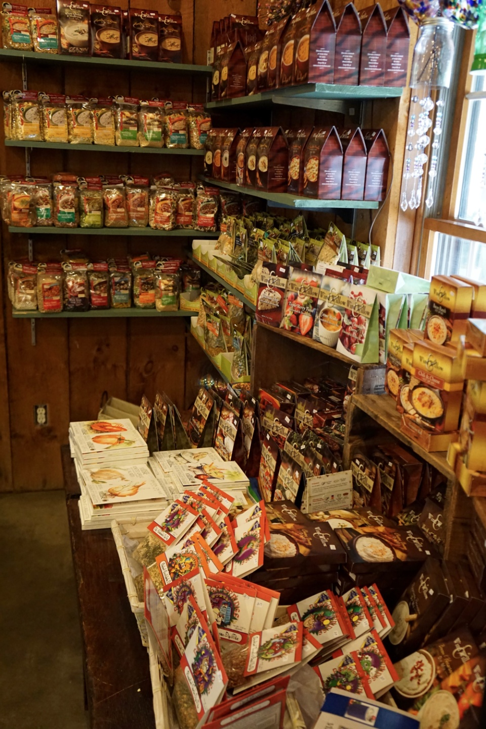 Country Wagon Produce gift shop